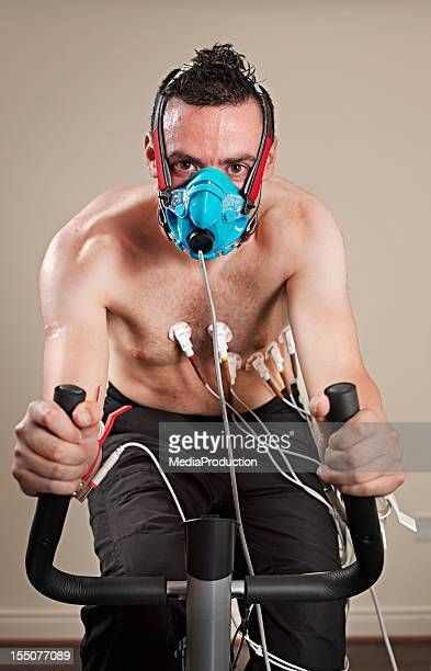 vo2 test - face guard sport stock pictures, royalty-free photos & images