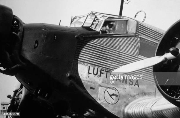 Tests de l'avion Junker JU52 par Charles Lindbergh à l'aéroport de Tempelhof 23 juillet 1936 à Berlin Allemagne