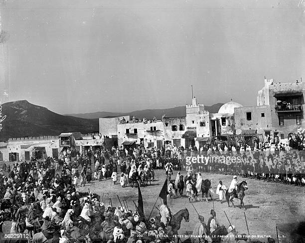 Tetouan Come out of the pasha and the sultan's sons during the feasts of the ramadan About 1885 LL202