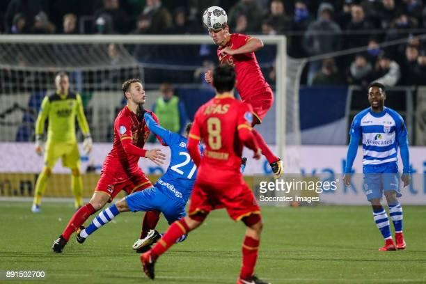 Teun Koopmeiners of AZ Alkmaar Younes Namli of PEC Zwolle Stijn Wuytens of AZ Alkmaar Terell Ondaan of PEC Zwolle during the Dutch Eredivisie match...