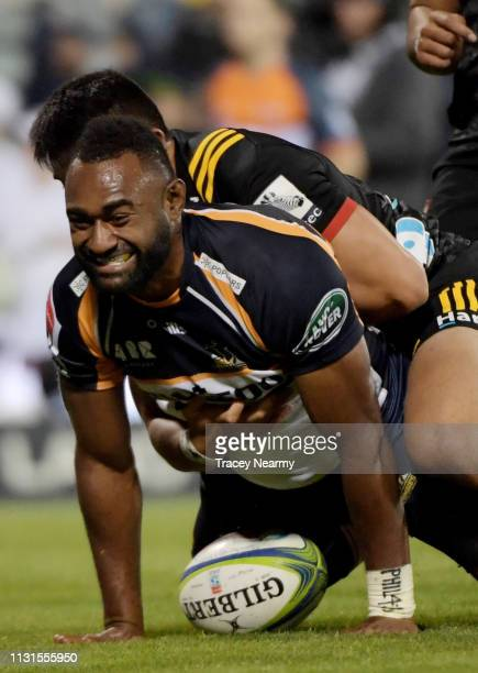 Tevita Kuridrani of the Brumbies scores a try during the Brumbies and Chiefs Super Rugby Round 2 match at GIO Stadium on February 23 2019 in Canberra...