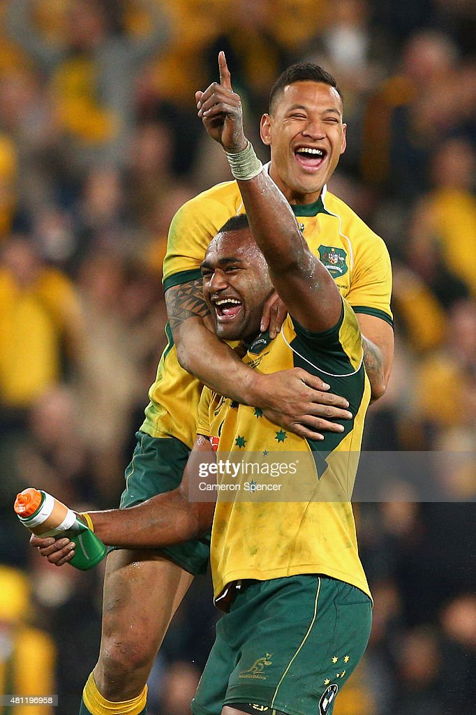 Tevita Kuridrani of the Wallabies celebrates scoring the winning try with team mate Israel Folau of the Wallabies during The Rugby Championship match between the Australian Wallabies and the South Africa Springboks at Suncorp Stadium on July 18, 2015 in Brisbane, Australia.