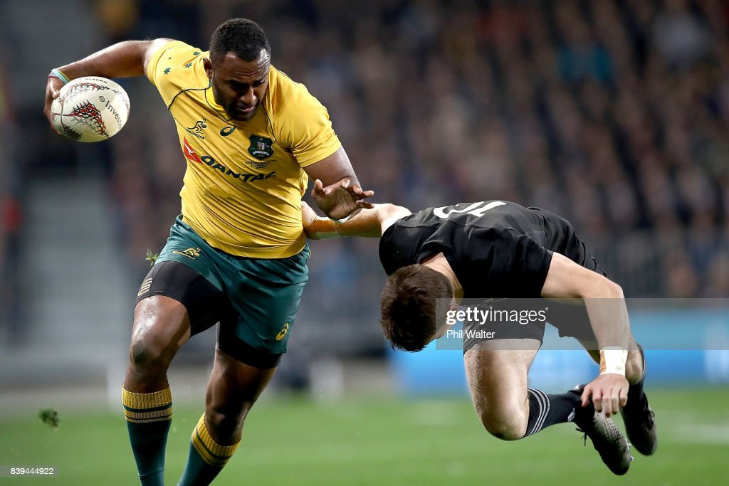 Tevita Kuridrani of the Wallabies is tackled by Beauden Barrett of the All Blacks during The Rugby Championship Bledisloe Cup match between the New Zealand All Blacks and the Australia Wallabies at Forsyth Barr Stadium on August 26, 2017 in Dunedin, New Zealand.