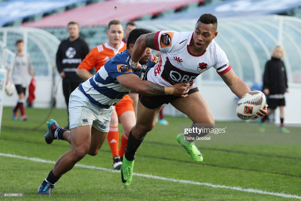 Tevita Li of North Harbour (R) is tackled by Vince Aso of Auckland during the round three Mitre 10 Cup match between North Harbour and Auckland on September 3, 2017 in Auckland, New Zealand.