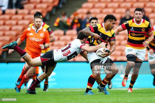 Tevita Taufui of Waikato charges forward during the round eight Mitre 10 Cup match between Waikato and North Harbour at FMG Stadium on October 8 2017...