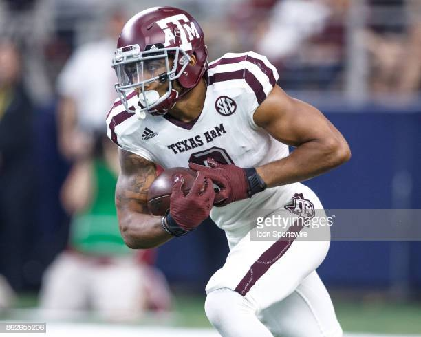 Texas AM Aggies wide receiver Christian Kirk runs the ball during the college football game between the Arkansas Razorbacks and Texas AM Aggies on...