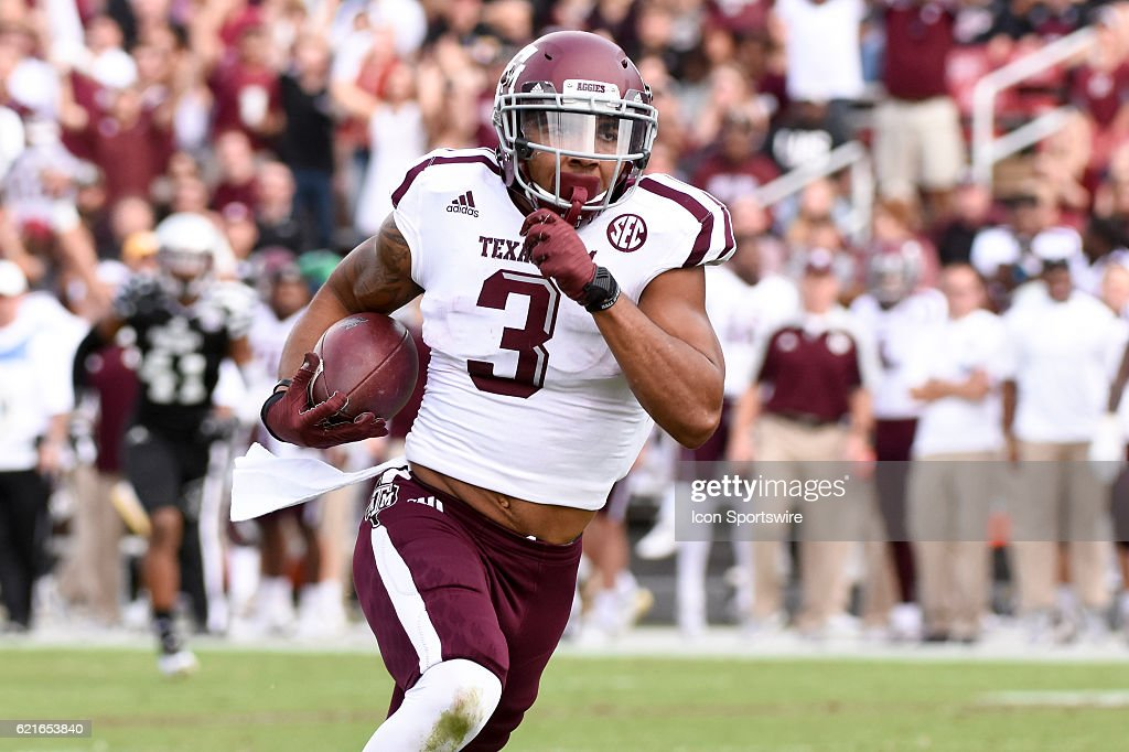 Texas A&M Aggies wide receiver Christian Kirk (3) runs with the football after a reception during the football game between Mississippi St. and Texas A&M on November 5, 2016 at Davis Wade Stadium in Starkville, MS. Mississippi St. would defeat Texas A