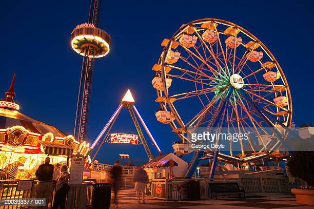 usa, texas, galveston bay, kemah boardwalk, night - boardwalk stock pictures, royalty-free photos & images