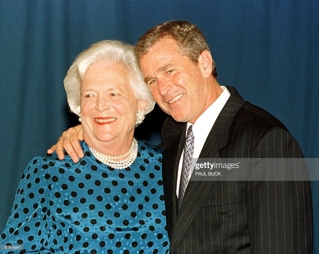 texas-governor-george-w-bush-hugs-his-mother-barbara-bush-prior-to-picture-id51614041