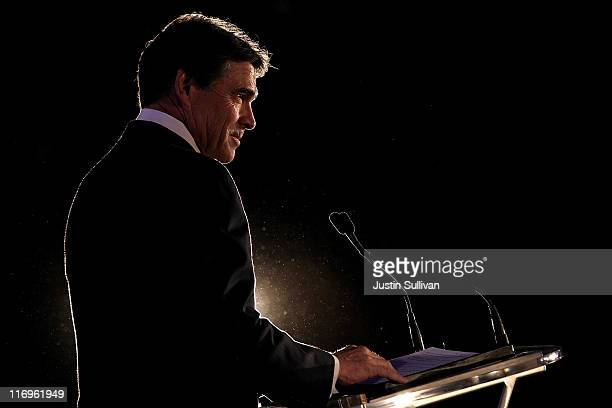 Texas governor Rick Perry speaks during the 2011 Republican Leadership Conference on June 18 2011 in New Orleans Louisiana The 2011 Republican...