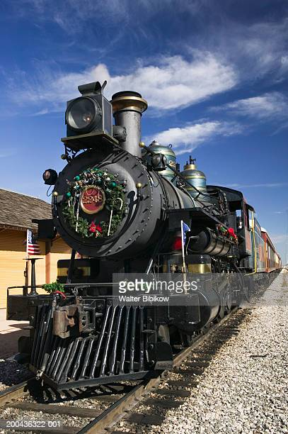 usa, texas, grapevine, tarantula steam locomotive - cowcatcher stock pictures, royalty-free photos & images
