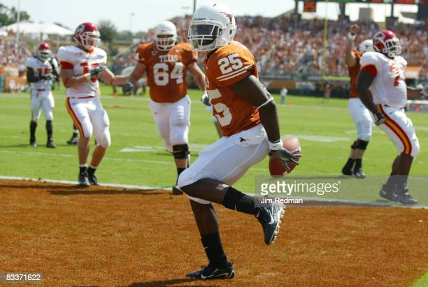 Texas Longhorn Jamaal Charles scoring a touchdown in the first half of the game against Iowa State on Saturday, September 23 at the Darrell K....