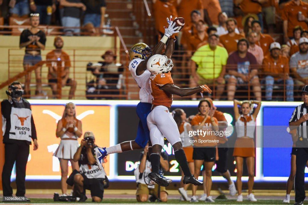 COLLEGE FOOTBALL: SEP 08 Tulsa at Texas : News Photo
