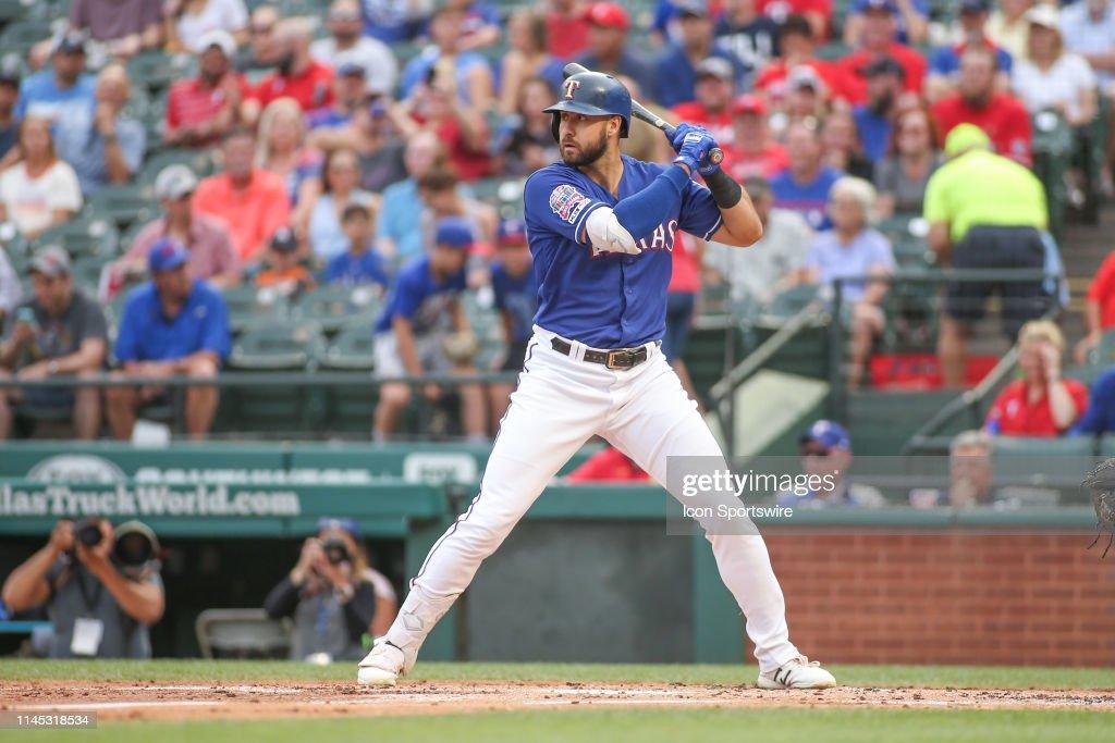 MLB: MAY 20 Mariners at Rangers : News Photo