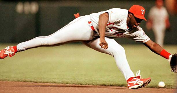 texas-rangers-second-baseman-mark-mclemo