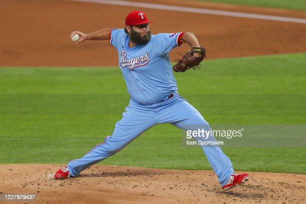 Texas Rangers starting pitcher Lance Lynn throws during the second inning of the MLB game between the Los Angeles Angels and Texas Rangers on August...