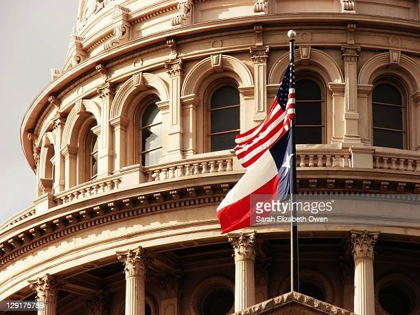 Texas State Capitol Building & Flag
