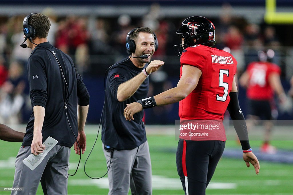 NCAA FOOTBALL: NOV 25 TFBI Shootout - Baylor v Texas Tech : News Photo