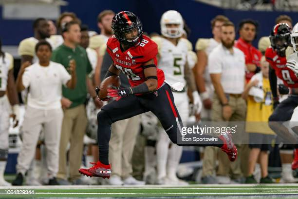 Texas Tech Red Raiders wide receiver Ja'Deion High makes a touchdown reception during the TFBI Shootout between the Baylor Bears and Texas Tech Red...
