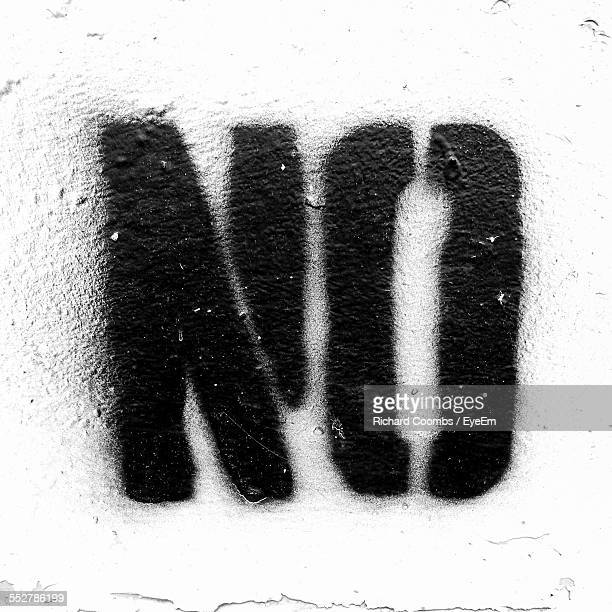 text on wall - stencil stock pictures, royalty-free photos & images