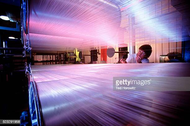 textile manufacturing - 織物工場 ストックフォトと画像