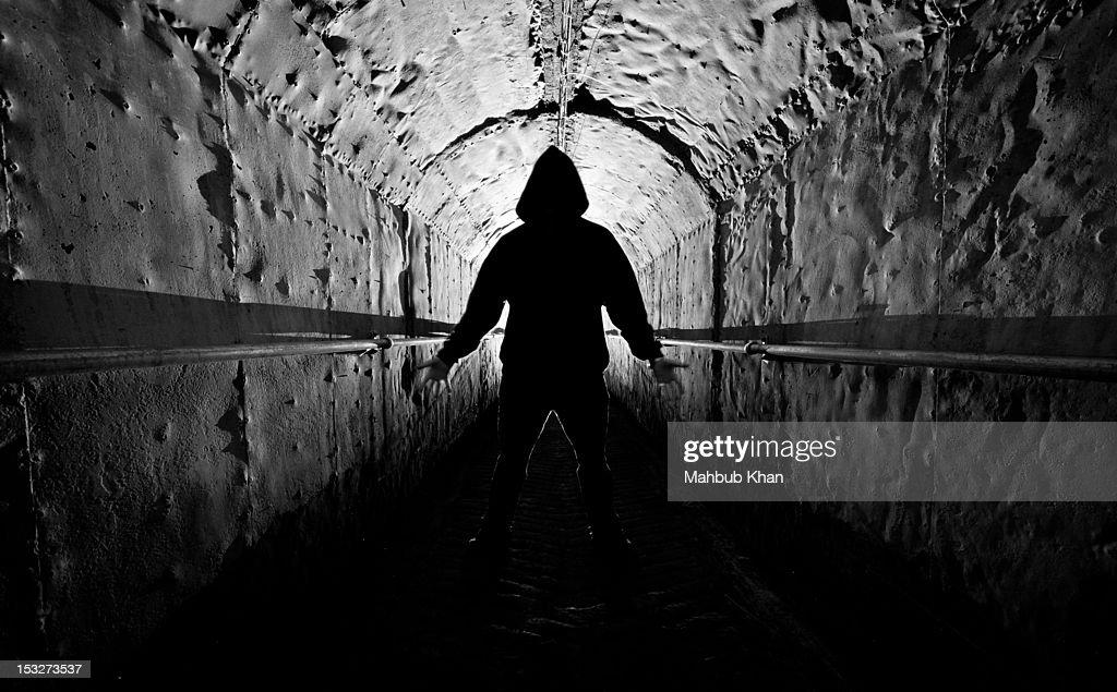 Textured passageway silhouette : Stock Photo