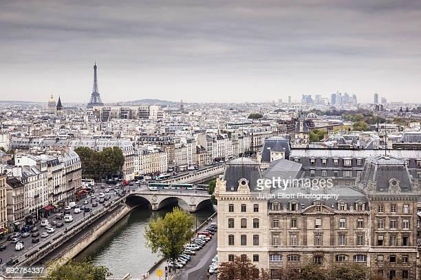 th city of paris on a grey day. - paris stock-fotos und bilder