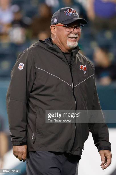 THad coach Bruce Arians of the Tampa Bay Buccaneers looks on before a game against the Philadelphia Eagles at Lincoln Financial Field on October 14,...