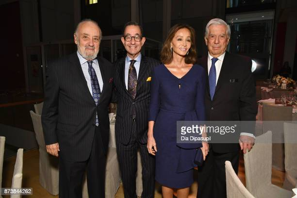 Thaddaeus Ropac Colin Bailey Isabel Preysler and Mario Vargas Llosa attend the Getty Medal Dinner 2017 at The Morgan Library Museum on November 13...