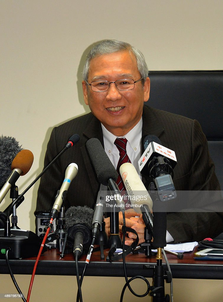 Thai acting Prime Minister Niwatthamrong Boonsongpaisan speaks during a press conference on May 12, 2014 in Bangkok, Thailand.