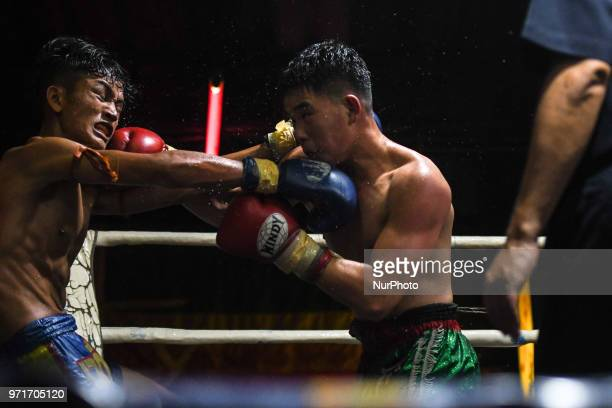Thai boxing international combat between Aahuang Sitwungluang vs Tulek in 60kg category during Muaythai Monday Evening International Thai Boxing Gala...