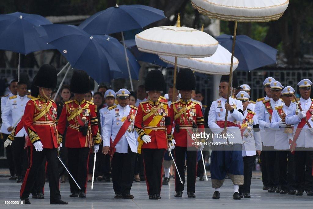 TOPSHOT-THAILAND-ROYALS-CREMATION : News Photo