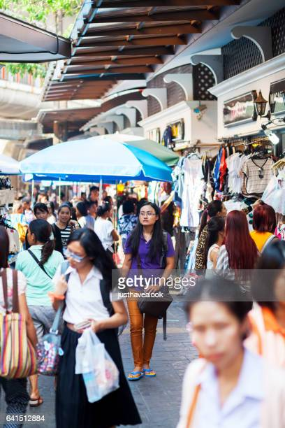 thai women and fashion shops at victory monument - gehweg stock pictures, royalty-free photos & images