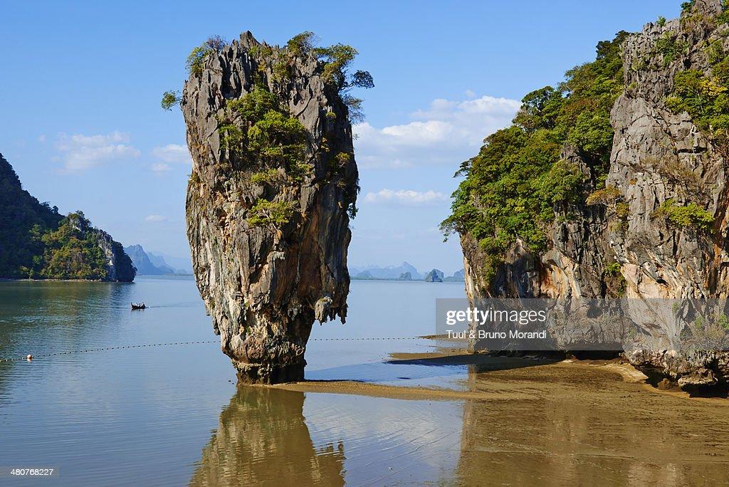 Thailand, Ao Phang Nga, James Bond rock : Stock Photo