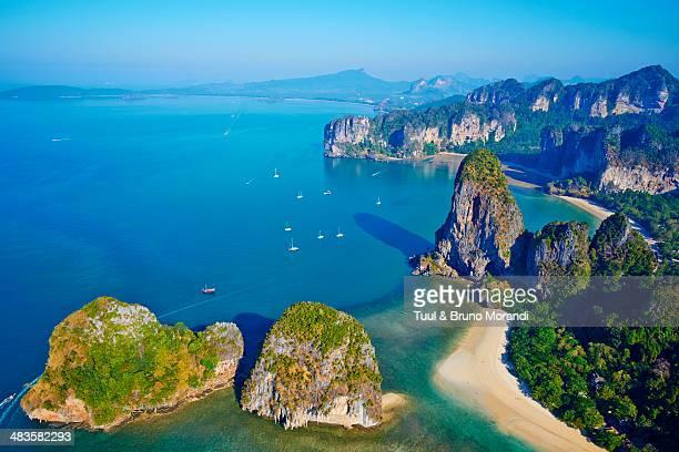 thailand, krabi province, railay beach - railay strand stock-fotos und bilder