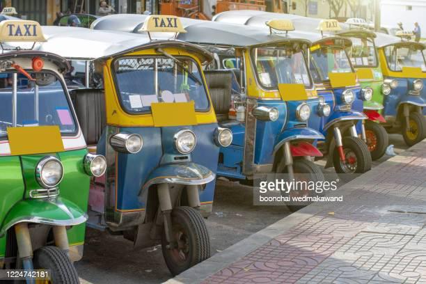 thailand tuk tuk - auto rickshaw stock pictures, royalty-free photos & images