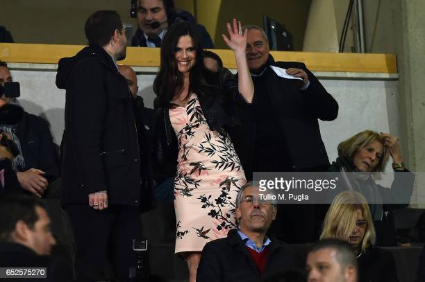 Thais Souza Wiggers greets during the Serie A match between US Citta di Palermo and AS Roma at Stadio Renzo Barbera on March 12 2017 in Palermo Italy