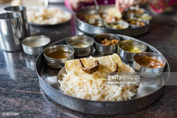 thali rice and curry vegetable meal, jaffna, sr lanka - sri lanka stock-fotos und bilder