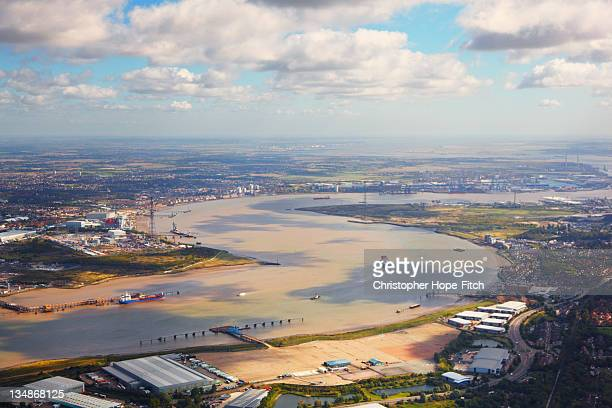 thames estuary - estuary stock pictures, royalty-free photos & images