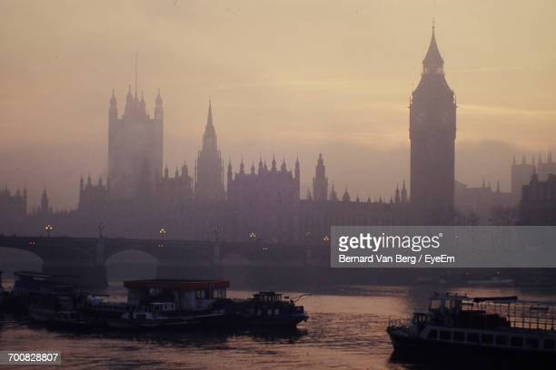 Thames River By Big Ben And Houses Of Parliament During Sunset