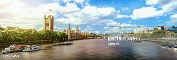 thames river panorama - river thames stock pictures, royalty-free photos & images