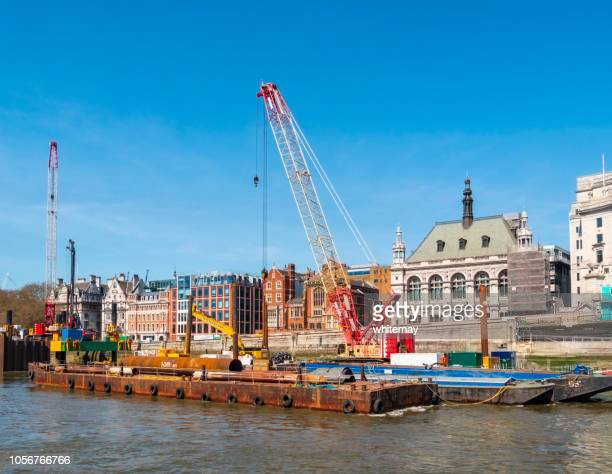 thames tideway 'super-sewer' construction under the river thames - thames river stock pictures, royalty-free photos & images