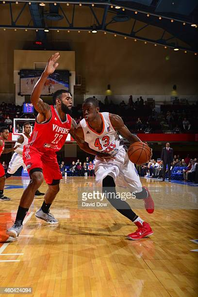Thanasis Antetokounmpo of the Westchester Knicks handles the ball against the Rio Grande Valley Vipers at the Westchester County Center on December...