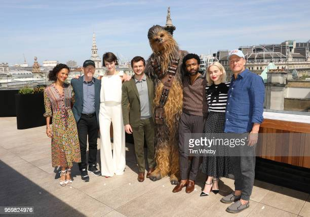 Thandie Newton Ron Howard Phoebe WallerBridge Alden Ehrenreich Chewbacca Emilia Clarke and Woody Harrelson pose for photographers at a photocall for...