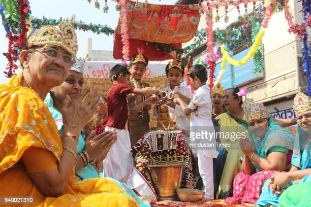 Thane Jain Community celebrate Mahavir Jayanti as they took out procession on Mahavir Jayanti the birth anniversary of 24th and last Jain Tirthankar...