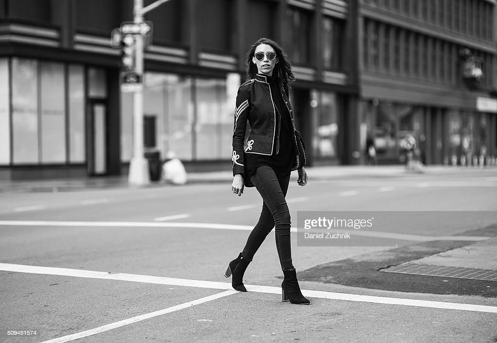 Street Style - Day 0 - New York Fashion Week: Women's Fall/Winter 2016 : News Photo