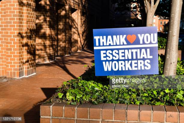 thank you health care workers sign - essential workers stock pictures, royalty-free photos & images
