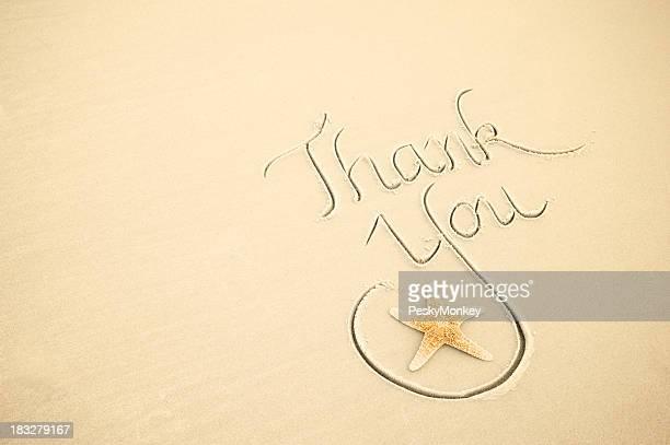 ありがとうメッセージ手書きですっきりした白砂のビーチとヒトデ