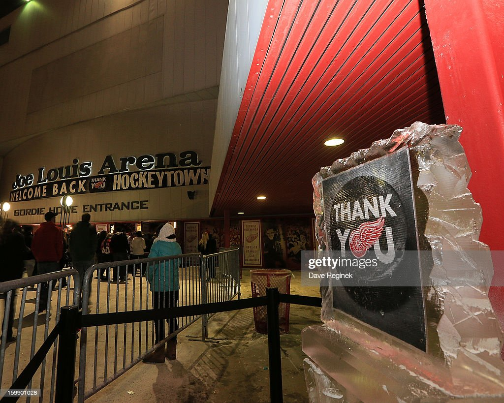 A thank you sign outside the entrance of Joe Louis Arena in Detroit, Michigan before the Red Wings home opener against the Dallas Stars on January 22, 2013 in Detroit, Michigan.