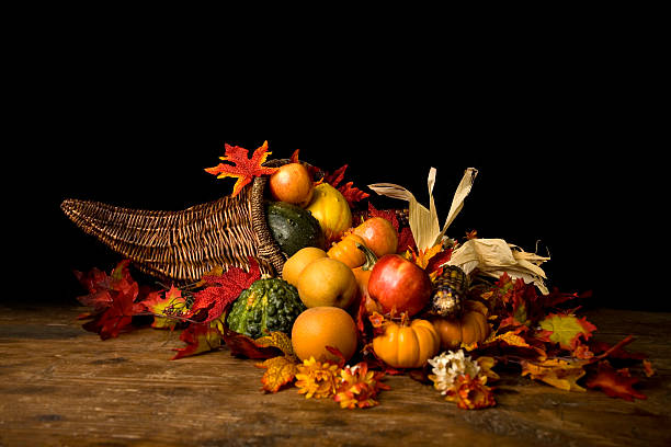 thanksgiving cornucopia - thanksgiving horn of plenty stock pictures, royalty-free photos & images